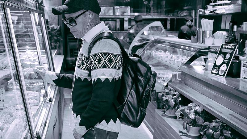 在面包店的爷爷