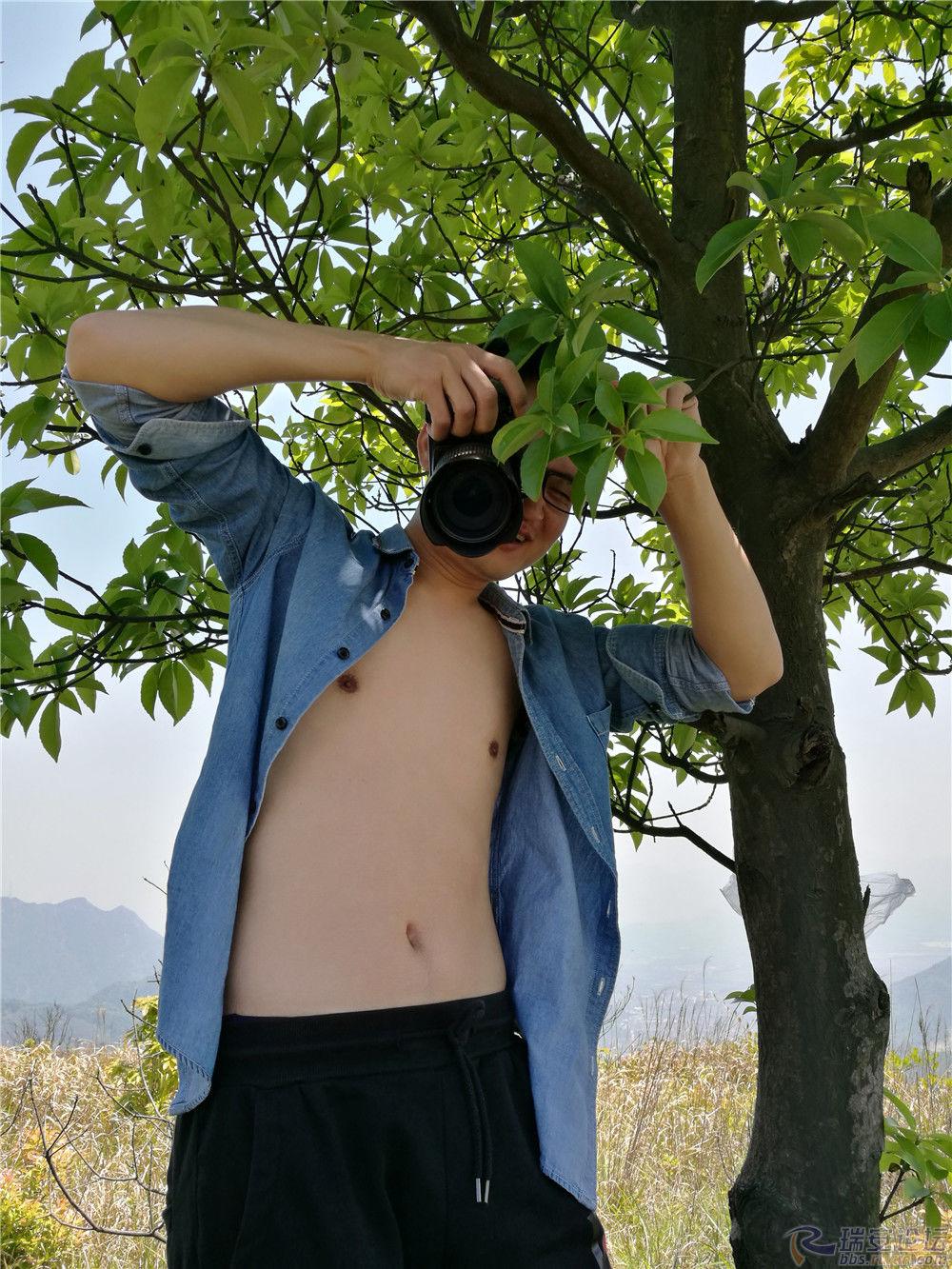 8 树下拍照.jpg