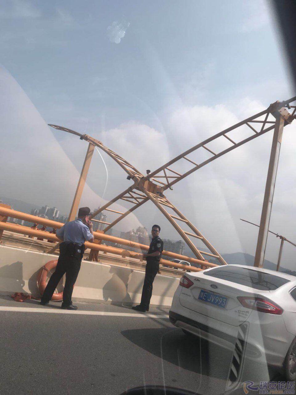 北京pk10网上投注平台:飞云江大桥跳江,据我所知今年第四个了