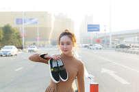 鞋子模特拍摄