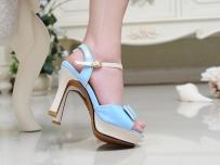 鞋子摄影女鞋凉鞋欧式豪华背景脚模网拍摄影