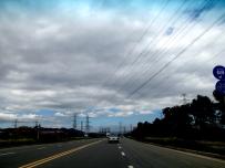 今天路上蓝天白云