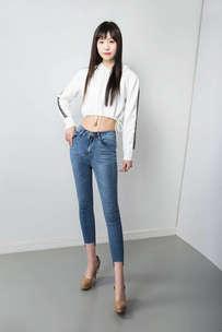 牛仔裤女裤拍摄